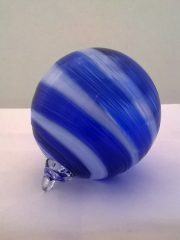 cobalt and white twist